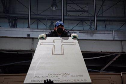 La escalada de los contagios en Quito aumenta también los cadáveres en calles y casas