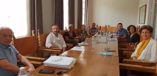 Reunión entre representantes del Gobierno de Navarra, la Confederación Hidrográfica del Ebro y el Ayuntamiento de Tafalla para abordar la inundabilidad en esa localidad