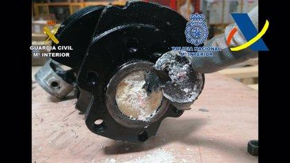 Intervenidos cerca de 10 kilos de cocaína ocultos en el interior de un motor enviado a través del aeropuerto de Alicante