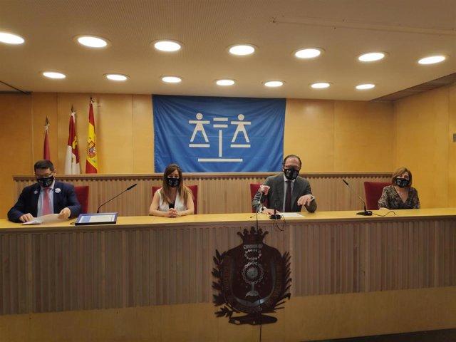 Celebración del Día de la Justicia Gratuita en el Colegio de Abogados de Valladolid.