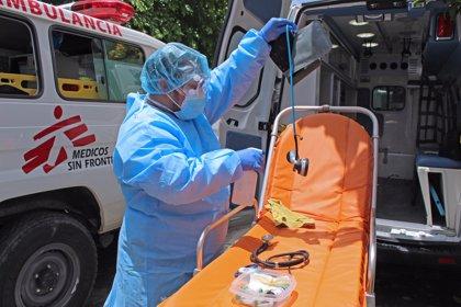 """Coronavirus.- MSF alerta sobre el """"importante aumento"""" de las muertes en casas en la capital de El Salvador"""