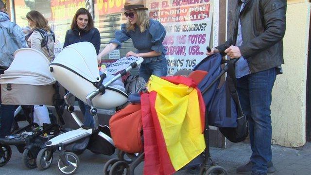 Padres por gestación subrogada piden ante Justicia soluciones para los bebés españoles nacidos en Ucrania y Georgia