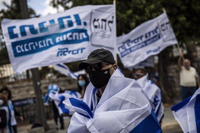 Coronavirus.- Israel vuelve a imponer medidas de restricción en cinco distritos