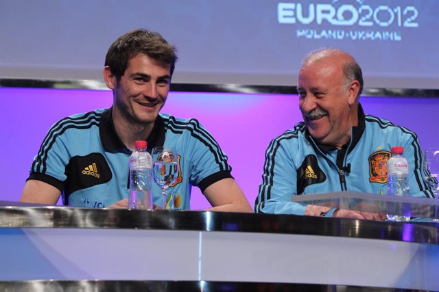 """Fútbol.- Del Bosque: """"Animo a Casillas a que se presente a la presidencia de la"""