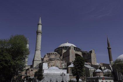Erdogan aprueba la reconversión de Santa Sofía en una mezquita