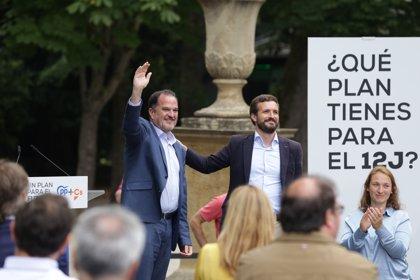 """Casado pide """"aglutinar"""" el voto de centro derecha en torno a Iturgaiz"""