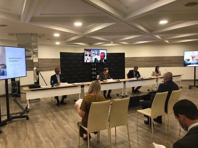 El Presidente y el Vicepresidente de Meliá expusieron ante una Junta General celebrada telemáticamente, la gestión de contingencia realizada frente a la crisis COVID-19, y las claves de su estrategia adaptada al entorno post-pandémico.