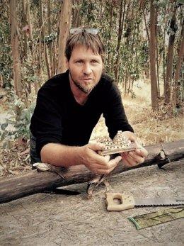 La Junta declara como punto de interés artesanal el taller de Tim Stefan Bernhardt