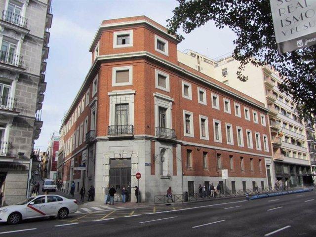 Edificio en la calle de Prado, 30