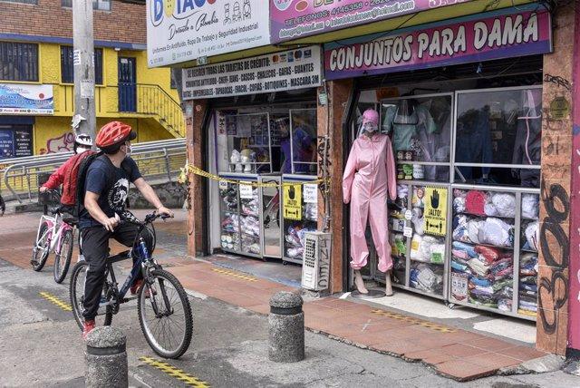 Coronavirus.- Bogotá volverá a la cuarentena el lunes ante el elevado número de