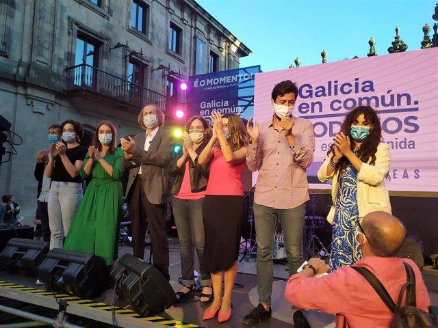 Cierre de campaña de Galicia en Común-Anova Mareas con Antón Gómez-Reino, Yolanda Díaz, Ada Colau y candidatos de la coalición