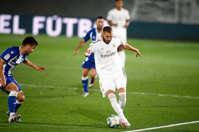 Fútbol/Pichichi.- Benzema, a cuatro goles de Messi en la clasificación del Pichi