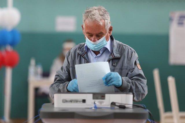 Coronavirus.- Rusia rebasa los 11.200 fallecidos por coronavirus tras constatar
