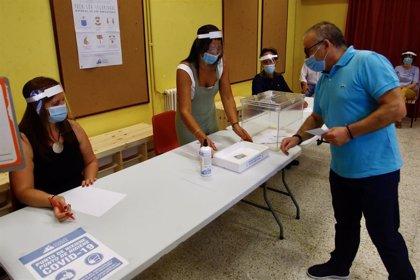 Casi 2,4 millones de mascarillas y más de 43.000 botes de gel para garantizar la salud en la jornada electoral