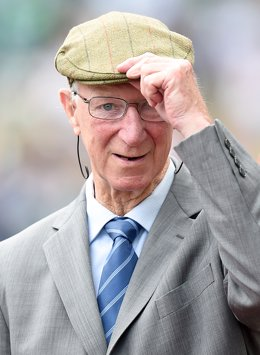England World Cup legend Jack Charlton has died aged 85