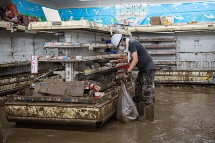 """Japón estudia declarar las últimas lluvias torrenciales como """"desastre natural"""" tras 66 muertos en una semana"""