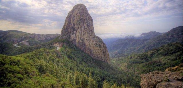 Roque de Agando, en La Gomera