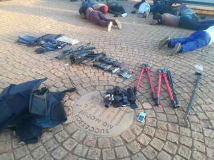 Cinco muertos en un ataque con toma de rehenes contra una iglesia en Sudáfrica