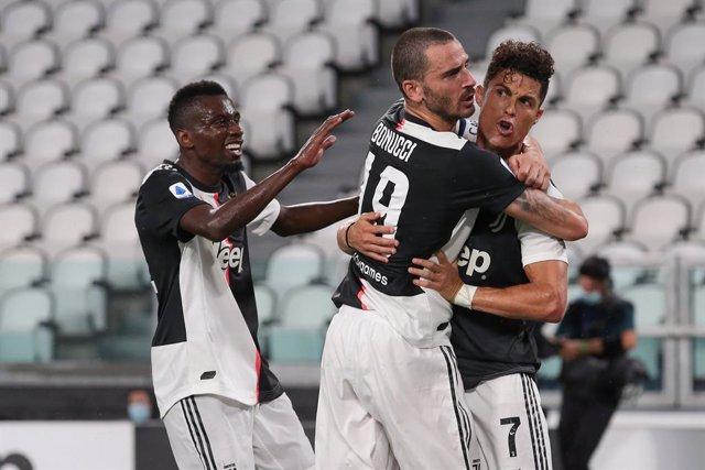 Fútbol/Calcio.- (Crónica) Cristiano frena de penalti al Atalanta