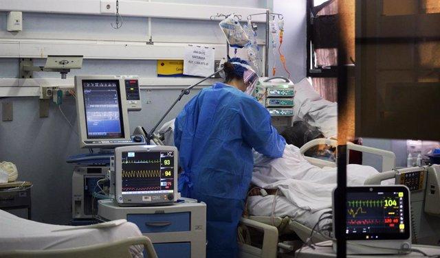 Coronavirus.- Chile supera los 310.000 casos de coronavirus con más de 2.500 en