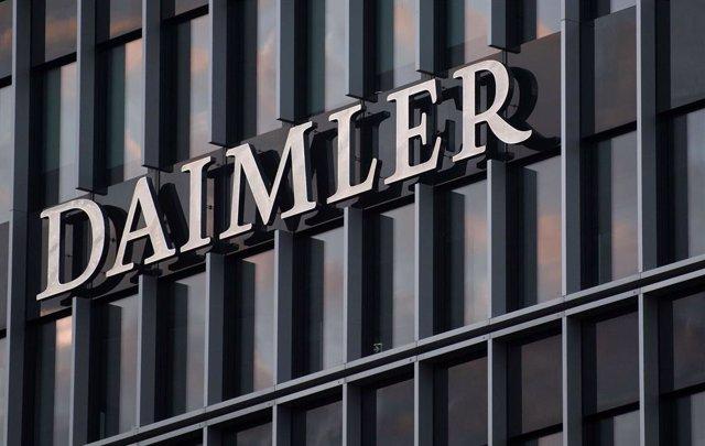 Alemania.- Daimler planea el recorte de más de 15.000 empleos