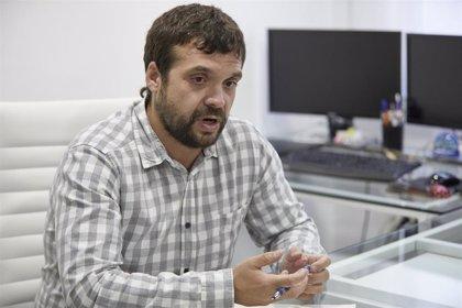 """Podemos pide al PSOE """"empujar más"""" contra PP y no cree que Cs apoye moción de censura porque """"no le dejarán los lobbies"""""""