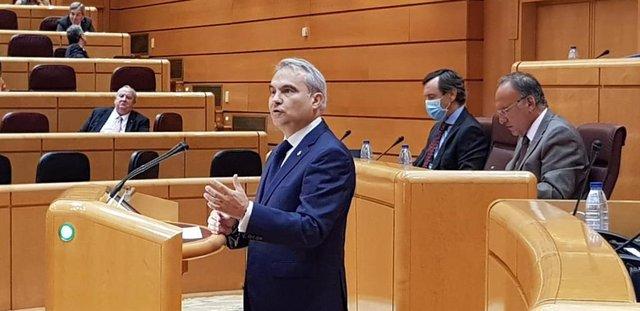 El senador y alcalde de Badajoz Francisco Javier Fragoso