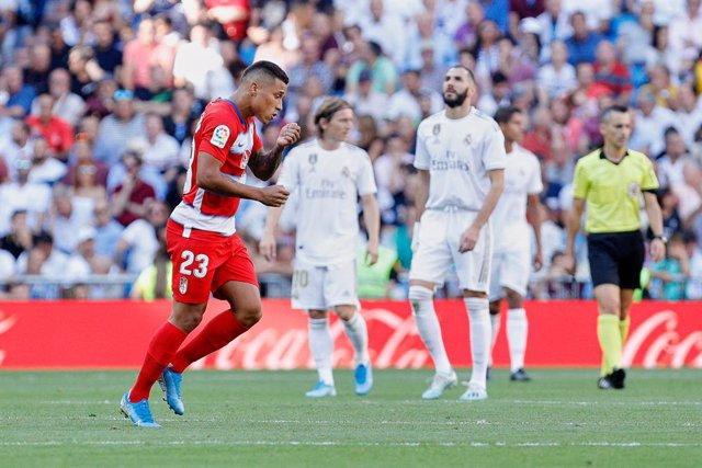Soccer: La Liga - Real Madrid v Granada