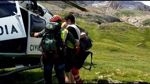 La Guardia Civil de Montaña realiza una veintena de rescates en el Pirineo oscense