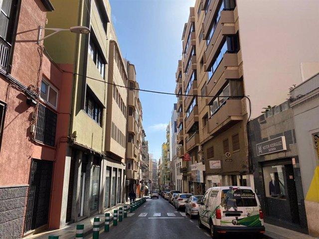 Calle Imeldo Serís