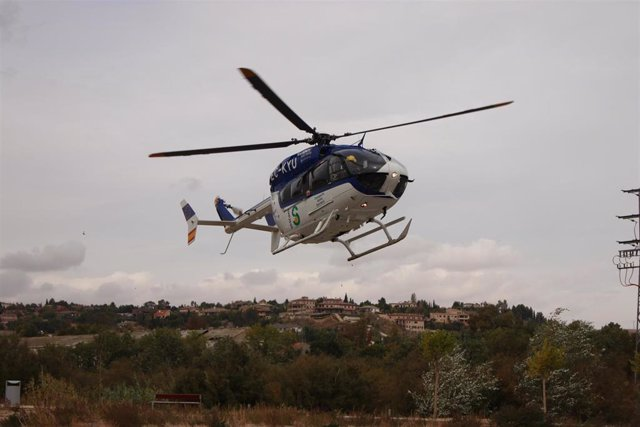 Sucesos.- Trasladan al hospital de Albacete a la mujer accidentada mientras practicaba senderismo en Molinicos