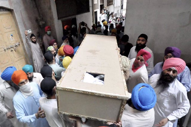 Funeral sij en Peshawar