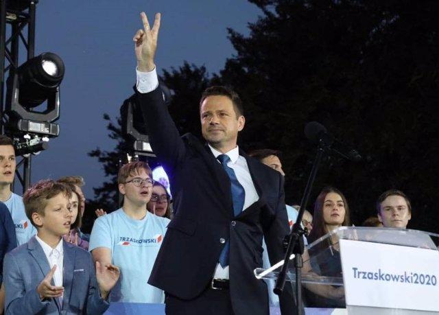 """Polonia.- La oposición polaca denuncia """"irregularidades"""" y asegura que su candid"""