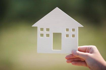 La compraventa de viviendas cae en C-LM un 58,6% en mayo, por encima de la media nacional