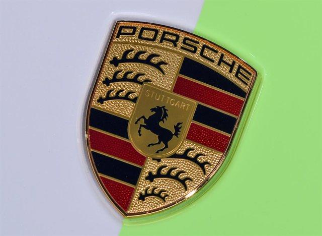 Logo de Porsche.