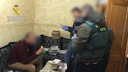 Investigadas tres personas de un partido político por falsificación de documento