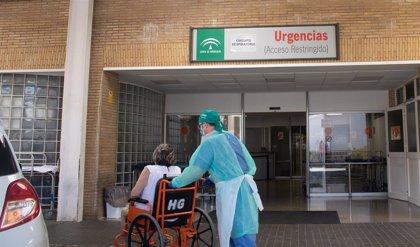 El Hospital Virgen del Rocío mantiene un doble circuito  para pacientes con sospecha o infección confirmada por Covid
