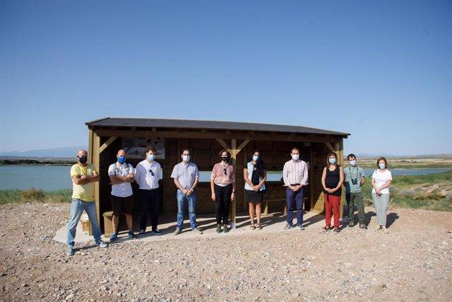 La consejera de Desarrollo Rural y Medio Ambiente del Gobierno de Navarra, Itziar Gómez, participa en la presentación de los cuatro nuevos observatorios ornitológicos de la Ribera.