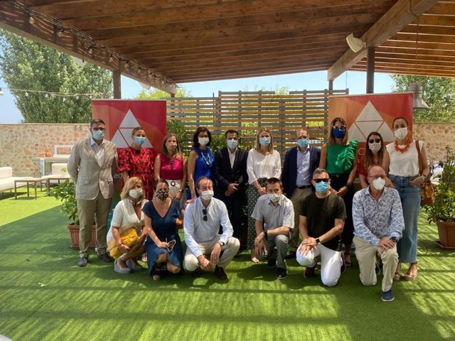 Les Primeres Marques del Club Màrqueting Mediterrani han mantingut un esmorzar de treball amb el nou director general d'À Punt, Alfred Costa.