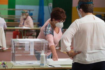 Solo un 1,24 por ciento del censo exterior gallego y el 3,52 por ciento del vasco votó el 12J