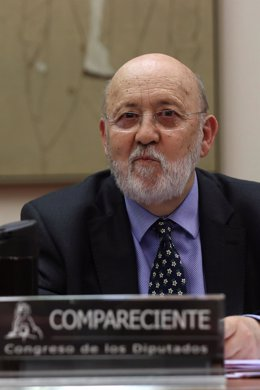 El presidente del Centro de Investigaciones Sociológicas, José Felix Tezános, comparece en la Comisión Constitucional del Congreso