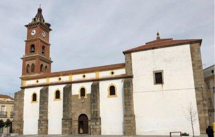 La Diputación de Badajoz y el Arzobispado invierten 400.000 euros en templos religiosos de ocho municipios