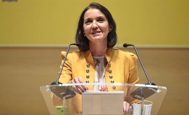 La ministra de Industria, Comercio y Turismo, Reyes Maroto, durante su intervención en la presentación de la nueva campaña de promoción de España para atraer a los turistas internacionales.