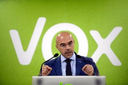 Vox critica que el Gobierno no aplica mecanismos de prevención del Covid-19 a migrantes pero confina a los españoles