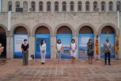 """Ribera dice que el cable submarino entre Mallorca y Menorca prepara a Baleares para """"un futuro plenamente renovable"""""""