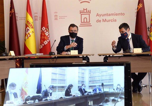 El alcalde de Murcia, José Ballesta, informa sobre la aprobación del convenio entre la Sociedad Murcia Alta Velocidad y el Ayuntamiento de Murcia