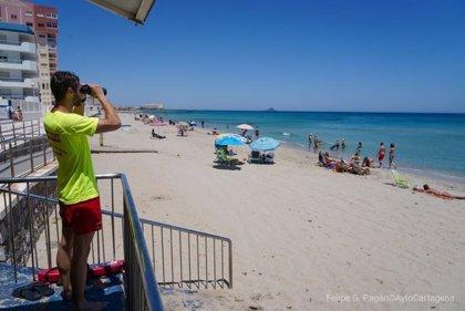 La bandera roja ondea este lunes en siete playas de Cartagena y San Javier