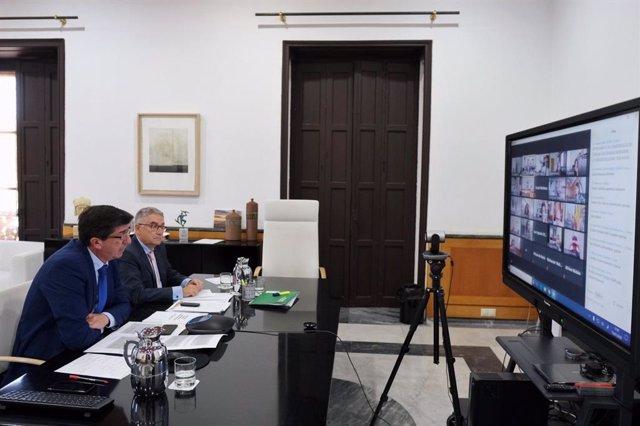 El vicepresidente de la Junta de Andalucía y consejero de Turismo, Regeneración, Justicia y Administración Local, Juan Marín, en la Comisión Sectorial de Turismo y en la Comisión de Planificación y Seguimiento de la Inversión Territorial Integrada (ITI).
