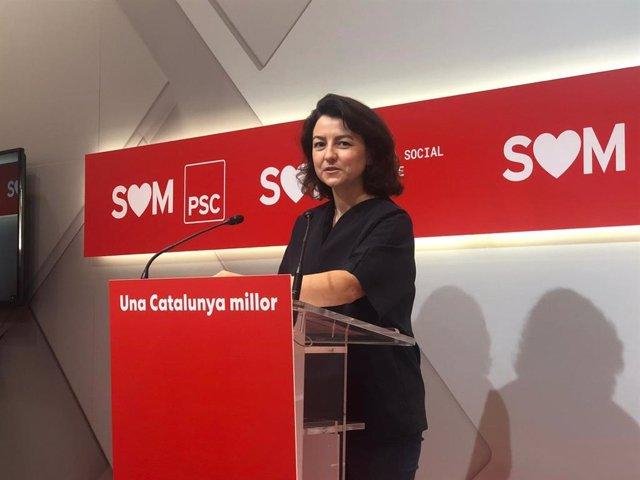La portaveu del PSC Eva Granados en roda de premsa.