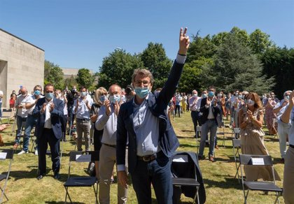"""Feijóo promete ser """"leal"""" al Gobierno, pero le insta a """"escuchar y asimilar"""" el mensaje de Galicia en las urnas"""